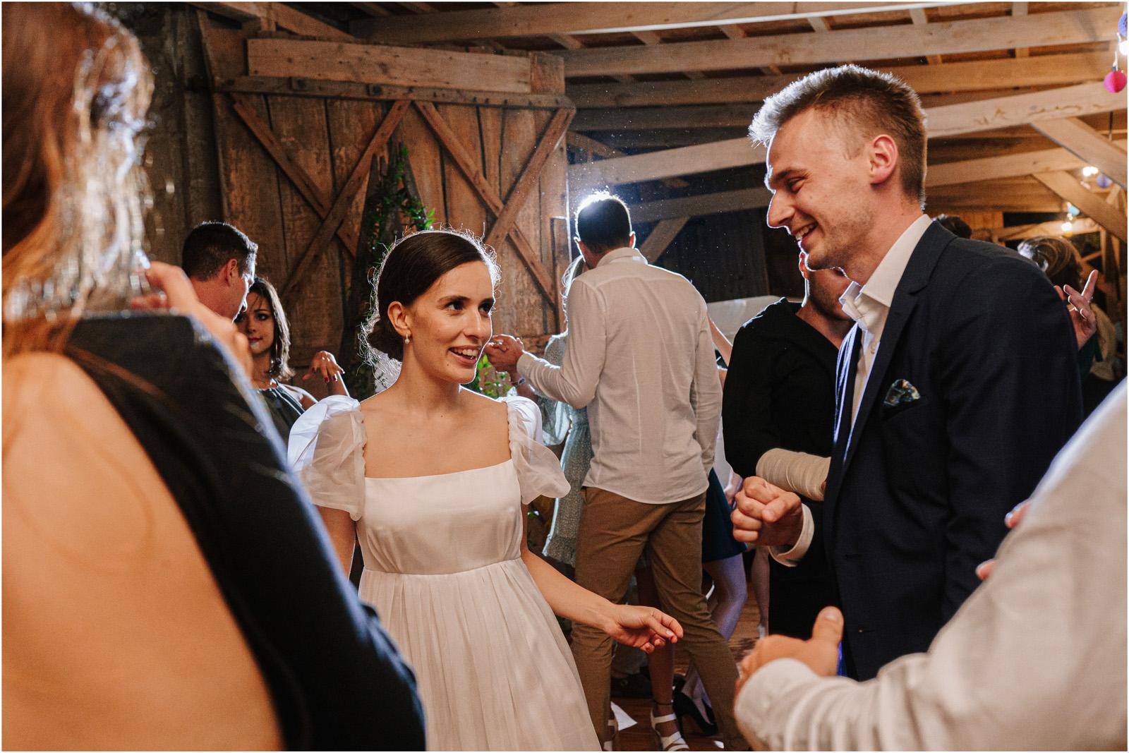 Karolina & Michał | wesele w stodole Dyrkowo 71