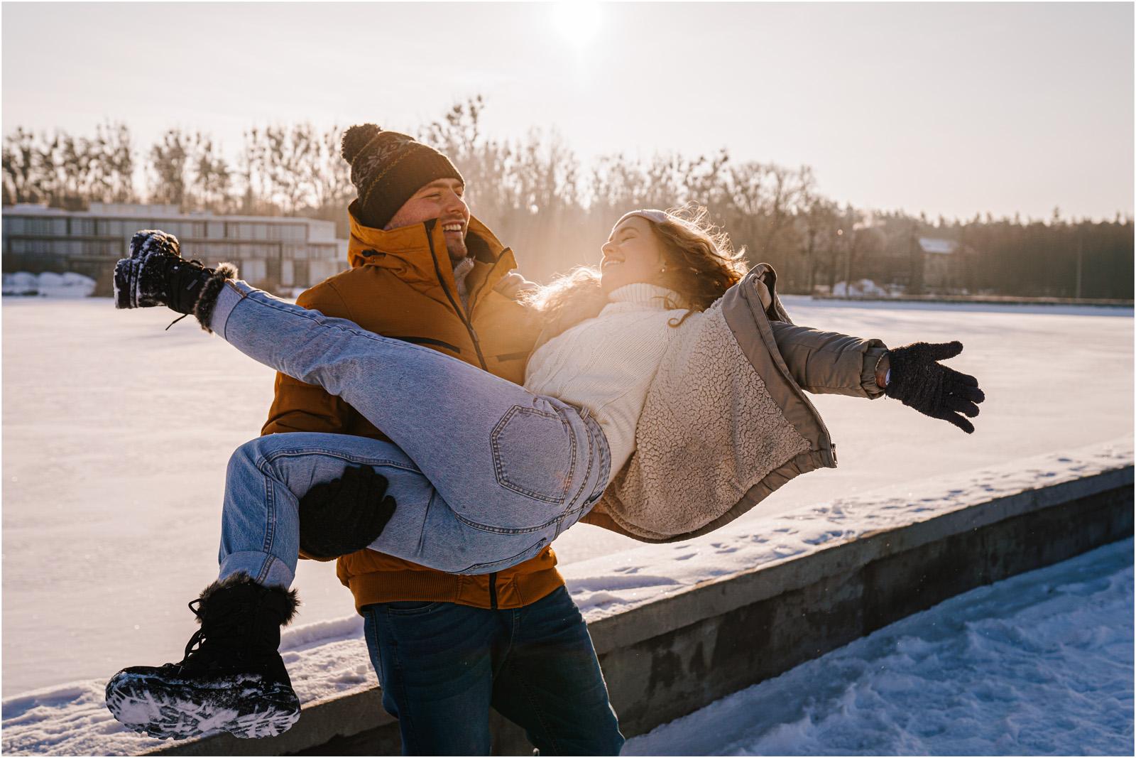 Paulina & Bartek | zimowa sesja nad jeziorem 9