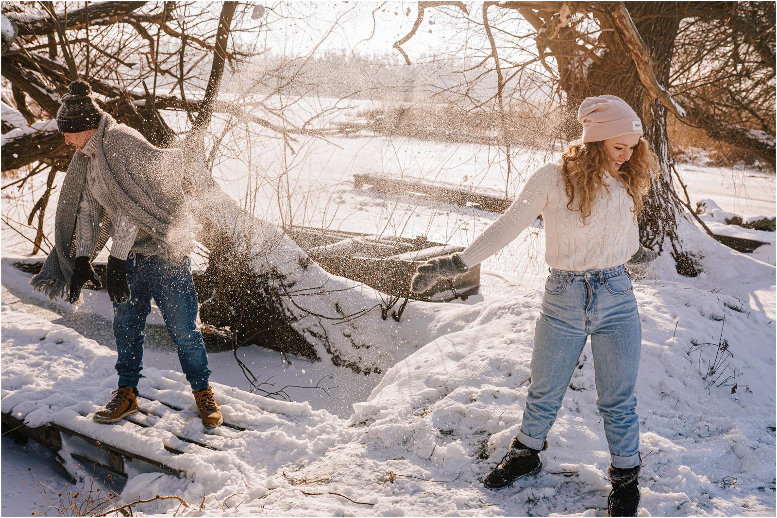Paulina & Bartek | zimowa sesja nad jeziorem 29