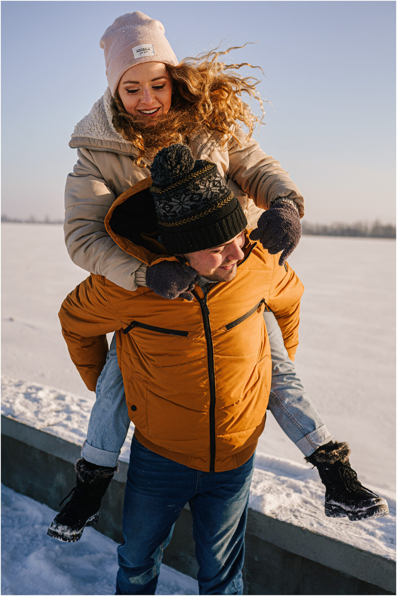 Paulina & Bartek | zimowa sesja nad jeziorem 7