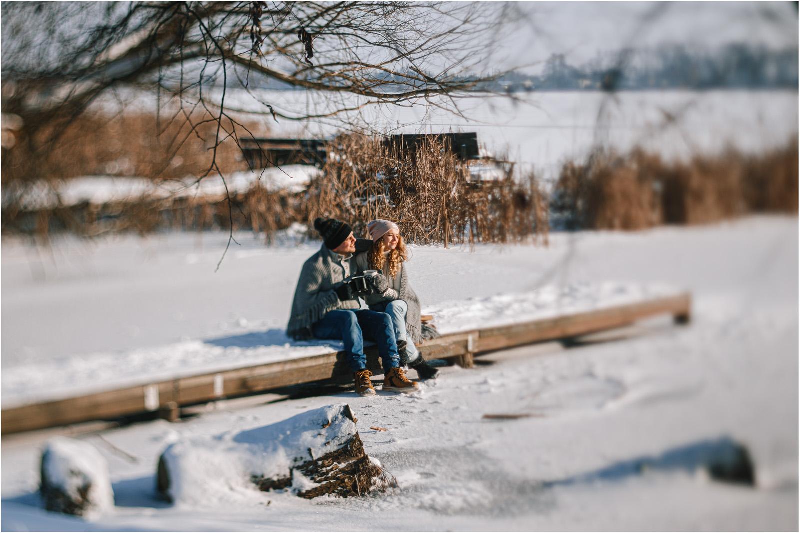 Paulina & Bartek | zimowa sesja nad jeziorem 26