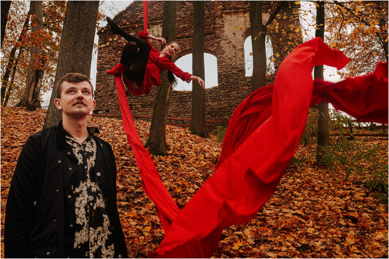 Magdalena & Michał   narzeczeńska sesja akrobatyczna 3