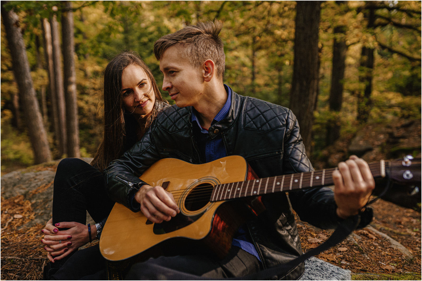 Monika & Marcin | jesienna sesja w Skałkach Piekło 18