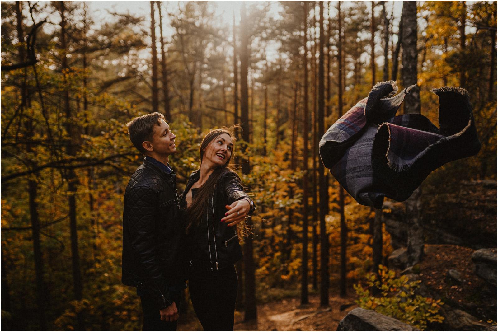 Monika & Marcin | jesienna sesja w Skałkach Piekło 31